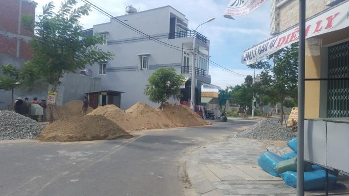 Cần bán lô đất CHỢ,dt 92m,đường 7m