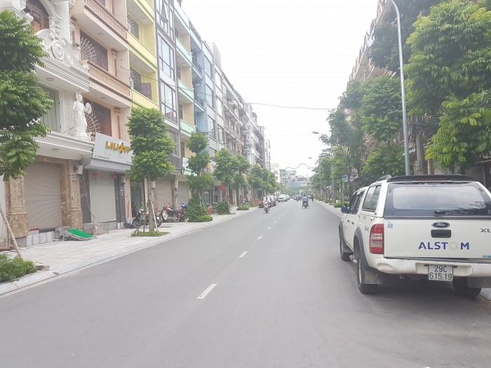 Bán nhà Lê Trọng Tấn, Thanh Xuân, 46m2, 5 tầng, MT 5m, ô tô đỗ cửa, làm văn phòng