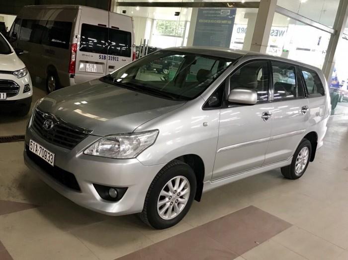 Bán Toyata Innova sx 2013 số tự động màu bạc 4