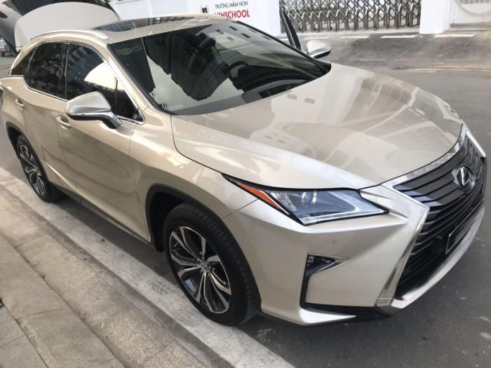 Gia đình cần bán Lexus Rx200t, Sx 2016 đk 2017, màu vàng cát