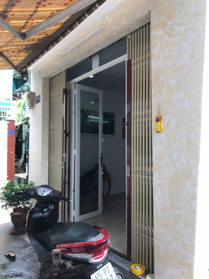 Nhà đẹp ở ngay 2 lầu, cần bán gấp, HXH Hồng Lạc,Tân Bình