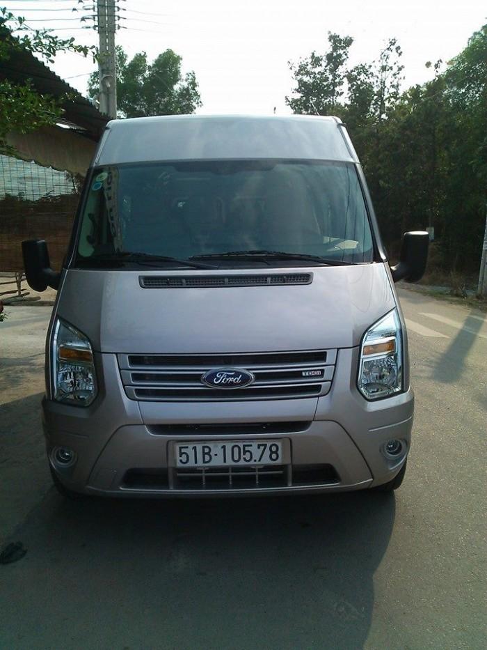 Cho thue xe 16 cho ford transit tai binh duong