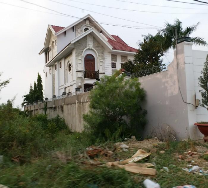Bán gấp lô đất 100m2 đường Đoàn Nguyễn Tuấn, Cần Giuộc, kế bên biệt thự