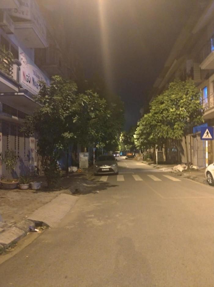 Cần bán: MP Trần Phú 60 x 6  MT 6, vị trí Đắc Địa, SĐ vuông.