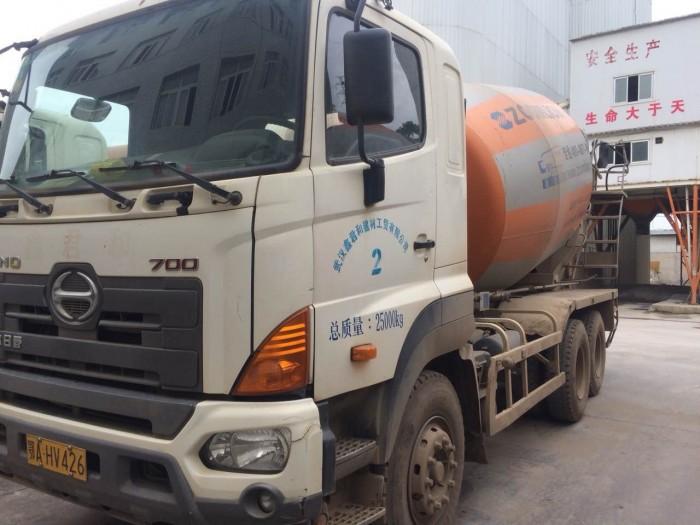 Xe bồn Hino 10 khối  năm 2013 , nhập khẩu nguyên chiếc, giá cực sốc 4