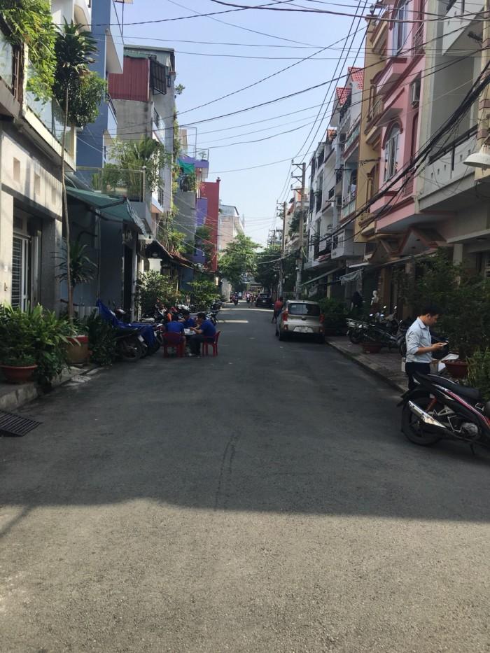 Bán nhà hẻm siêu đẹp 10m Trần Văn Ơn,DT:4mx16m, 3 Lầu