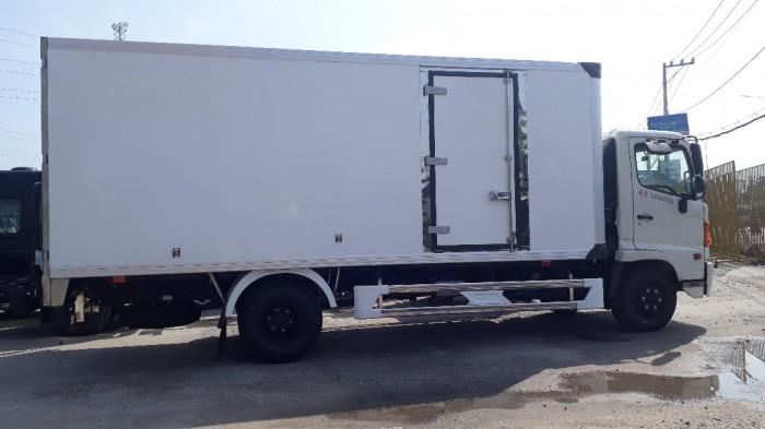 Khuyến mãi mua xe tải Hino 6.2 tấn thùng đông lạnh, trả trước 100 triệu giao luôn xe - Gọi 0972494937 (MsXuân 24/24)