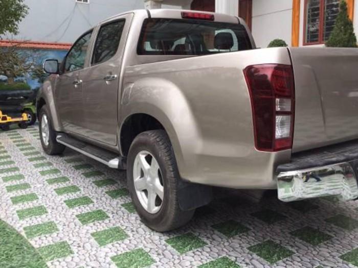 Bán Isuzu Dmax 2016 số sàn dầu màu vàng cát xe đi rất tiếm kiệm