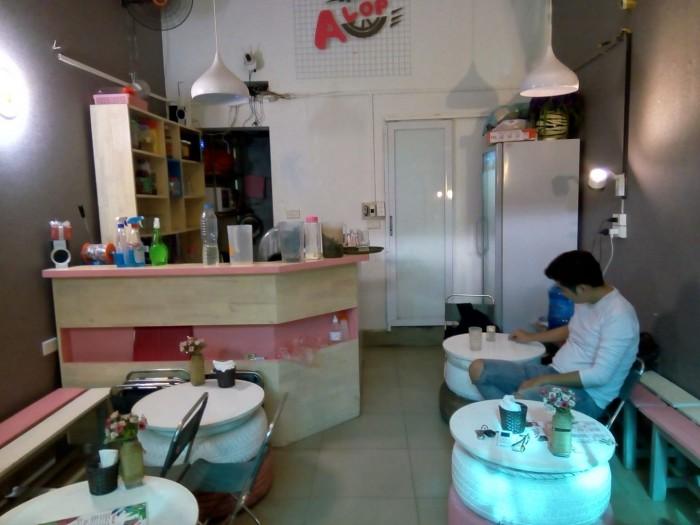 Sang nhượng quán cà phê DT 30m2 mặt tiền 4 m ngõ Phố Trần Duy Hưng Q.Cầu Giấy Hà Nội
