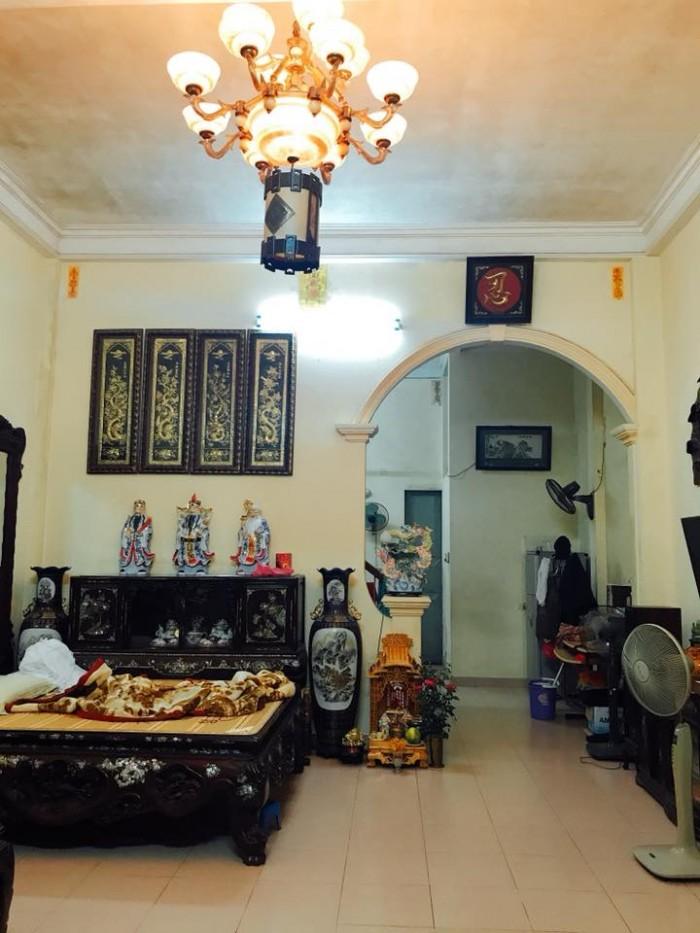 Bán nhà mặt phố Huế, 85m2, mặt tiền 4m, nở hậu