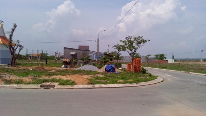Bán đất thổ cư quận 2, ngay trung tâm HC
