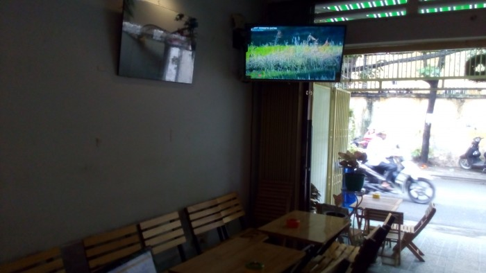 Sang gấp quán cà phê mặt tiền đang kinh doanh hiệu quả tại P.4 Tân Bình