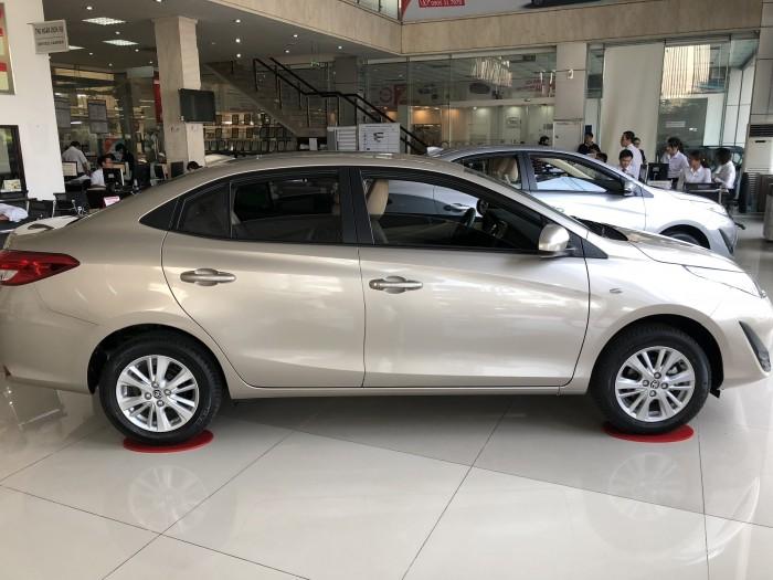 Toyota Vios 2018 giá rẻ, giảm 15tr + tặng BHVC + DVD + Camera de + Full phụ kiện xe.