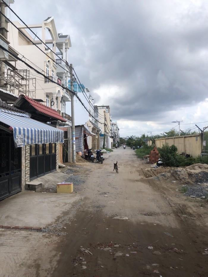 Bán nhà hẻm 2279 đường Huỳnh Tấn Phát, Nhà Bè, 2 lầu đúc, 4 rộng ngủ rộng, trang trí đẹp, DT 84m2