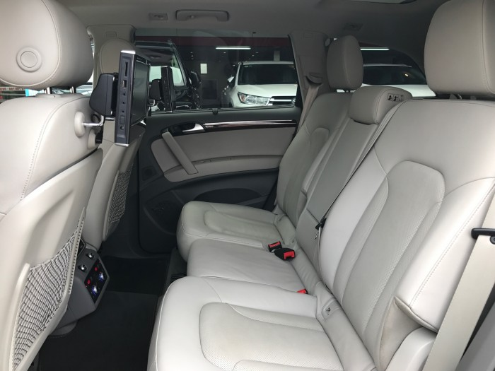 Audi Q7 2014 màu trắng 12