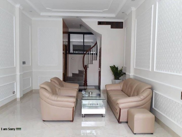 Bán nhà riêng Tôn Thất Tùng, diện tích 34 m2, 5 tầng