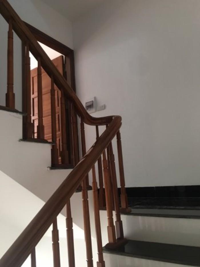 Cần bán nhà 5 tầng dt 32m2 mặt ngõ Phú Đô - Nam Từ Liêm (giá phát lộc)