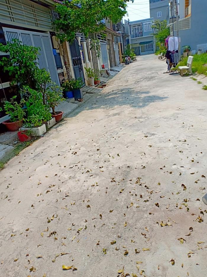 Chỉ còn duy nhất 1 lô đất ngay khu dân cư Long Thới_ Nguyễn Văn Tạo với DT: 97.7m2