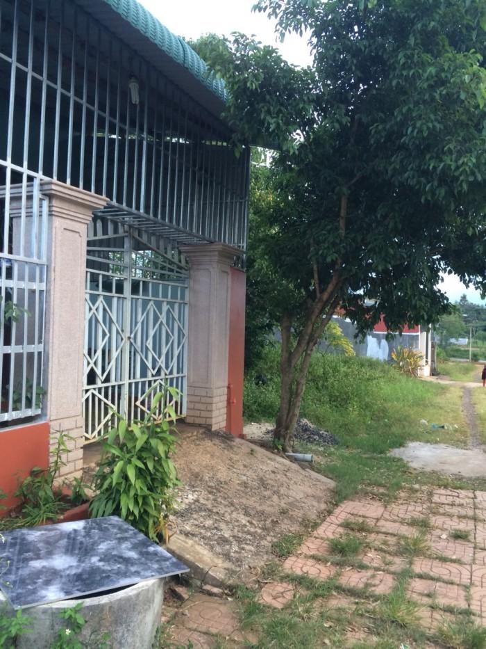 Bán đất giá rẻ Buôn Ma Thuột, đường Nguyễn Cơ Thạch, dt:10 x20