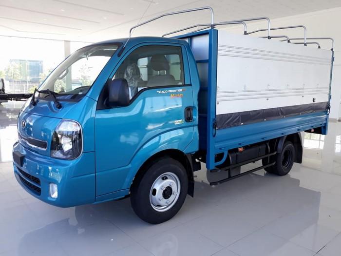 Xe ô tô tải 4