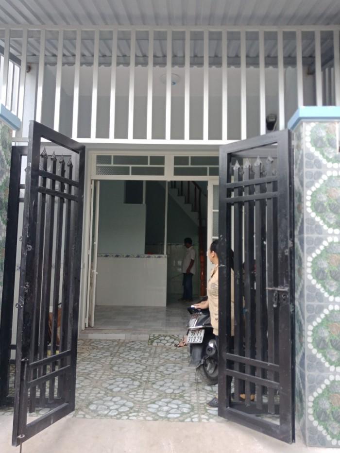 Nhà mới 1 trệt 1 lầu - 2PN ngay chợ Bình chánh - ngã 4 Phước Lý