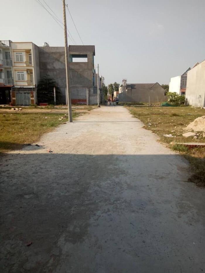 Cần bán lô đất nền vị trí đẹp ngay mặt tiền đường Vĩnh Lộc 200m