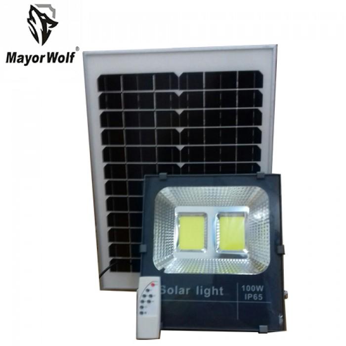 Đèn pha năng lượng mặt trời 100W MayorWolf8