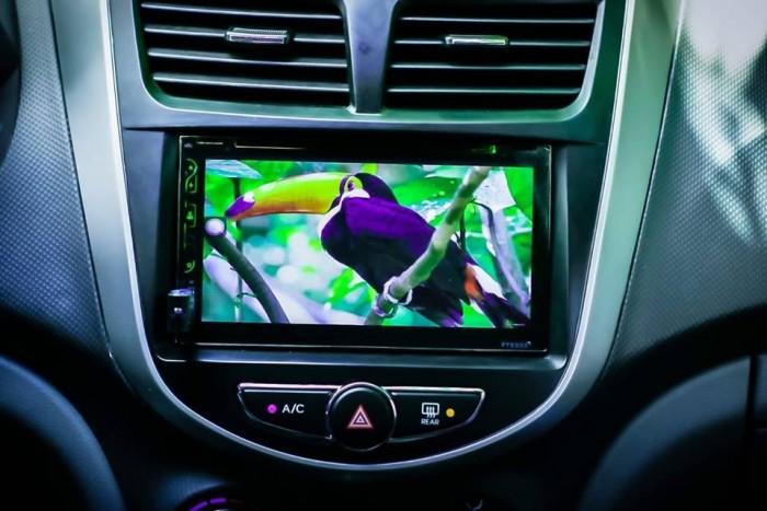 Màn hình dvd androi 2din thông dụng cho các loại xe giá rẽ lắp vừa cho tất cả các dòng xe