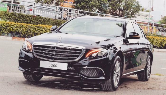 Mercedes E200 Giá Tốt, Lãi Suất Thấp, Giao Xe Ngay