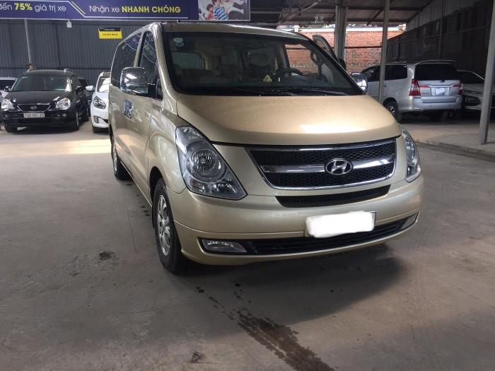 Hyundai Grand Starex sản xuất năm 2012 Số tay (số sàn) Dầu diesel