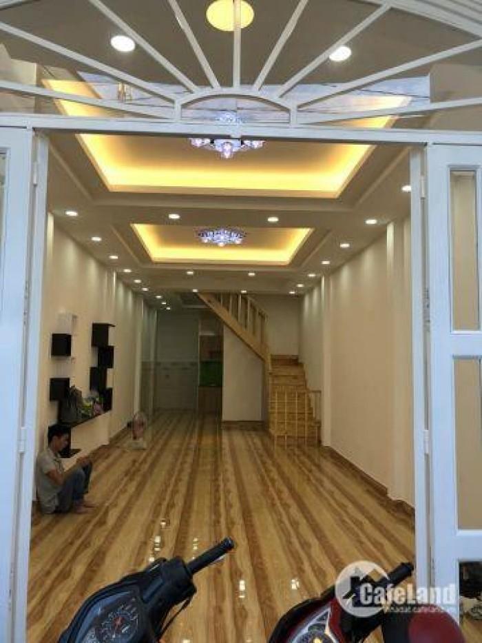 Nhà bán CMT8 Tân Bình, oto tránh, 4 lầu, lô góc DT: 46m2