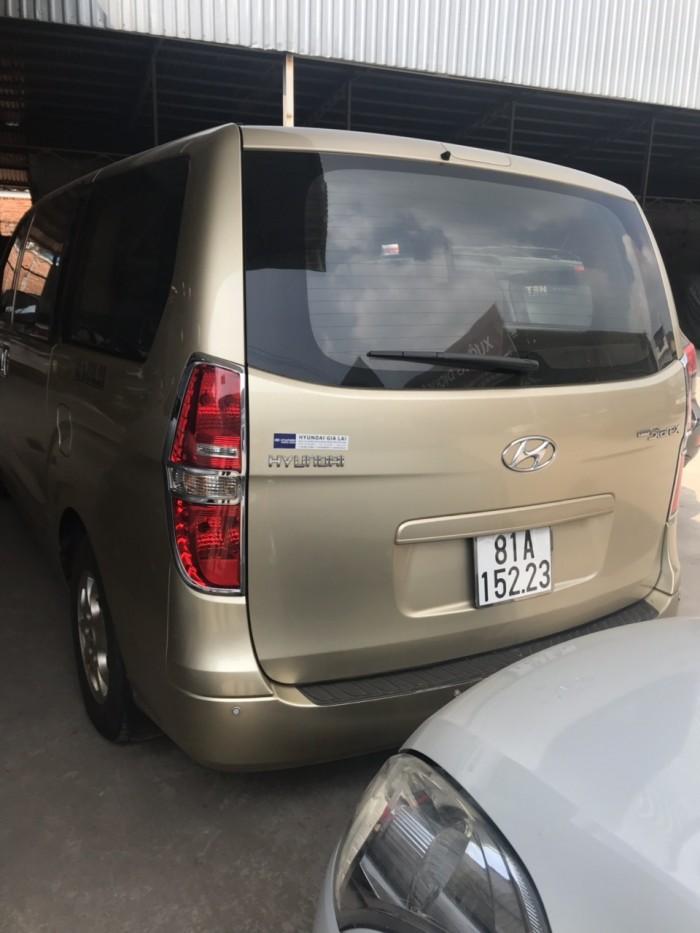 Hyundai Starex sản xuất năm 2012 Số tay (số sàn) Dầu diesel