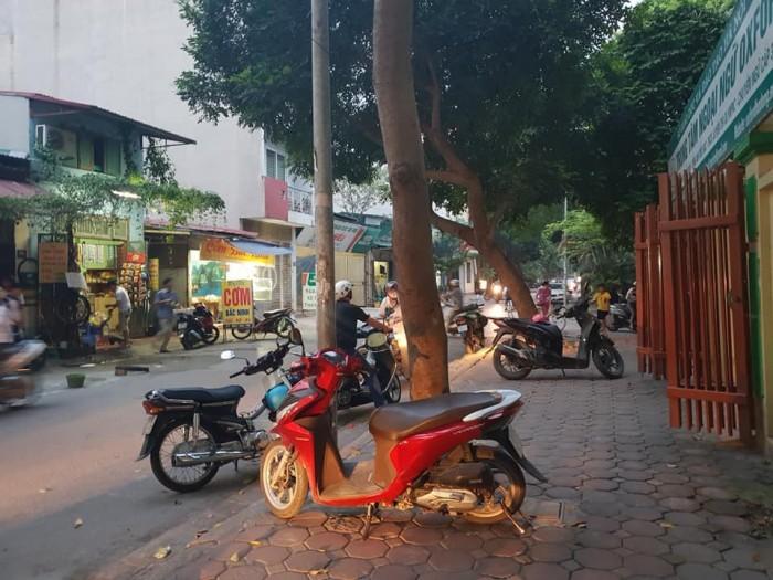 Bán nhà liền kề Khu đô thị Văn Phú, quận Hà Đông, Hà Nội.