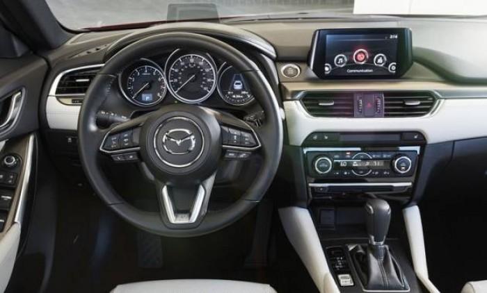 Mazda 6 Premium  - Giá Tốt Nhất Thị Trường - Ưu Đãi Cực Shock