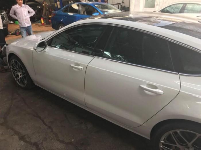 Audi Khác sản xuất năm 2011 Số tự động Động cơ Xăng