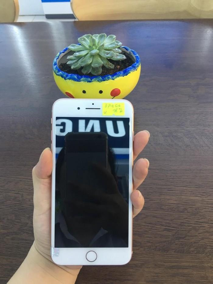 Iphone 8 Plus 64g vàng hồng giá yêu thương tặng chị em0