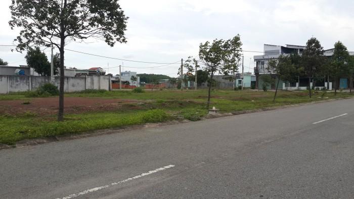 Cần bán gấp lô đất, MT đường QL22 ngay Củ Chi, có sổ hồng riêng chính chủ