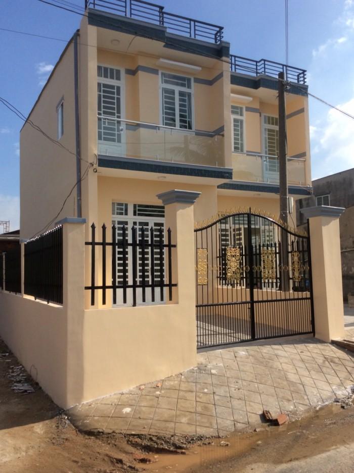 Bán gấp 2 căn nhà và 1 căn sổ hồng riêng đồng sỡ hữu ấp Tân Phước, xã Tân Kim, gần khu Long Hậu
