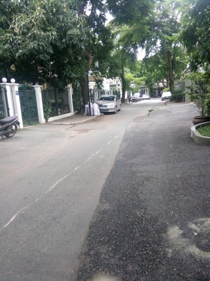 Cần bán biệt thự MỸ Gia DT 11x20 Phú Mỹ Hưng Quận 7