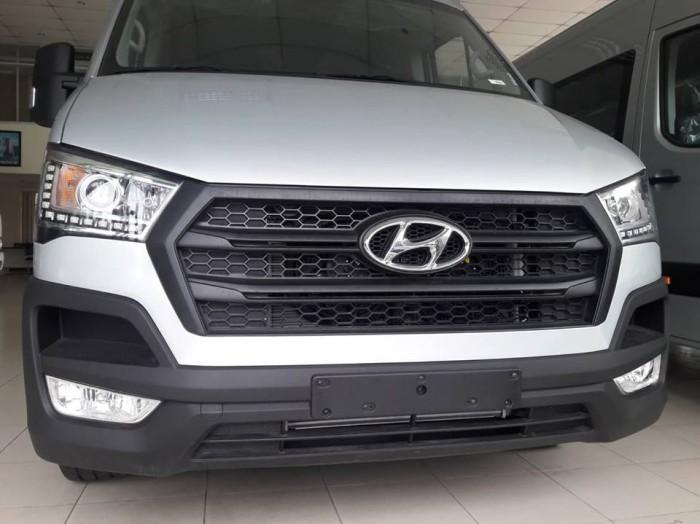 Giá Xe 16 Chỗ Solati 2018 , Hyundai Solati 16 Chỗ Màu Bạc , Đặt Xe Ngay Tặng Ngay 30 Triệu 3