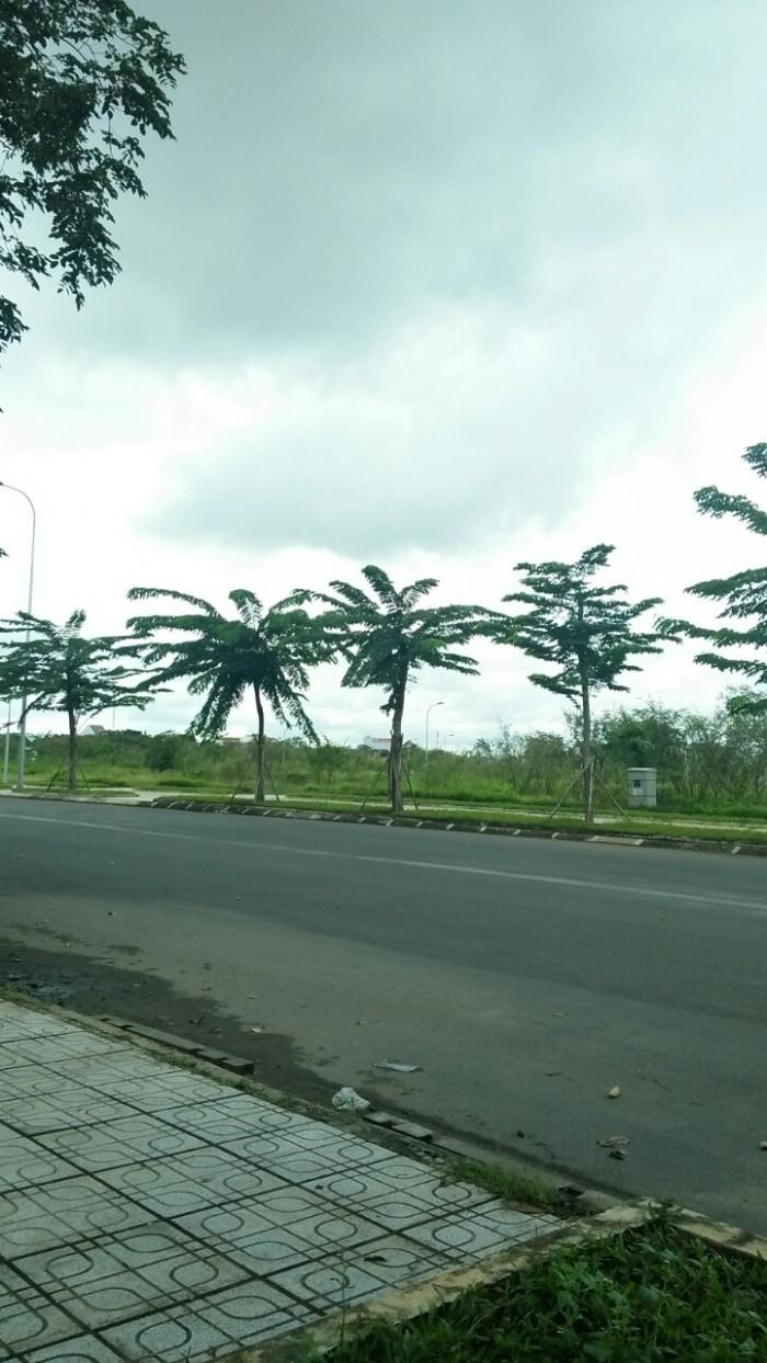 Cần Bán Đất MT Nguyễn Duy Trinh P.Long Trường Quận 9