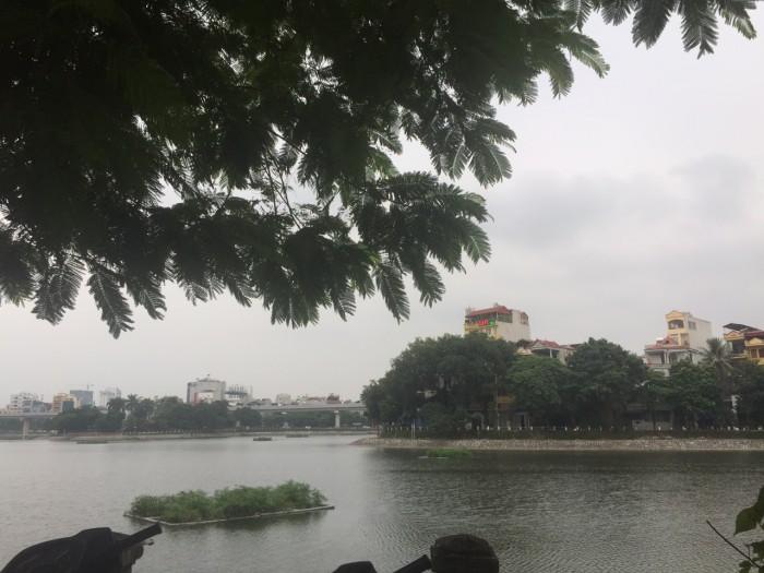 Cho thuê nhà 2 mặt tiền 3 tầng, 75m2, khu vực Hoàng Cầu, Hào Nam,ôtô đỗ cửa