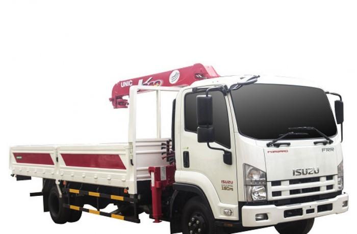 Bán xe tải gắn cẩu Isuzu FRR90N tải trọng 5 tấn, gắn cẩu unic 3 tấn, trả trước 200 triệu giao luôn xe - Gọi 0907043398 (MrTú 24/24)