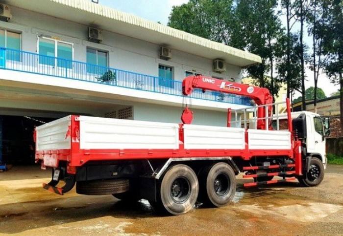Khuyến mãi mua xe tải Hino FL 13.8 tấn, gắn cẩu unic 5 tấn, trả trước 200 triệu, giao luôn xe - Gọi 0907043398 (Mr Tú 24/24)
