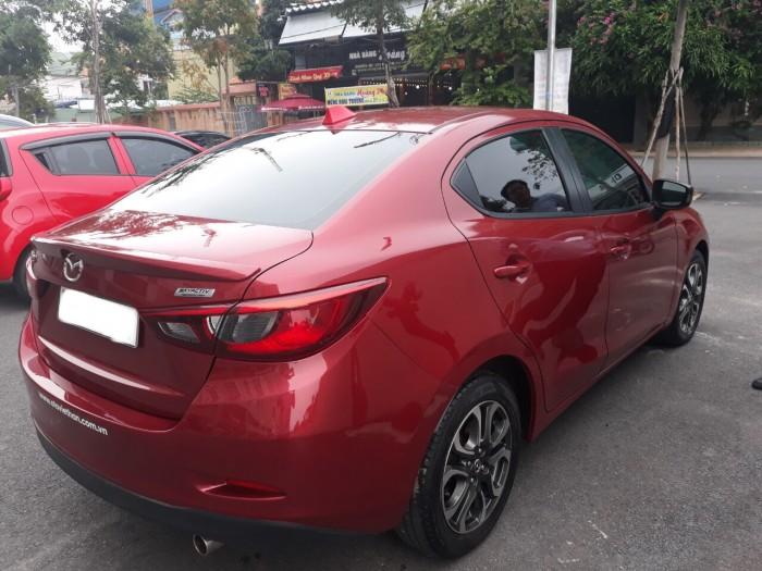 Bán Mazda 2 sedan 2016, màu đỏ, đúng chất, giá TL, hỗ trợ trả góp