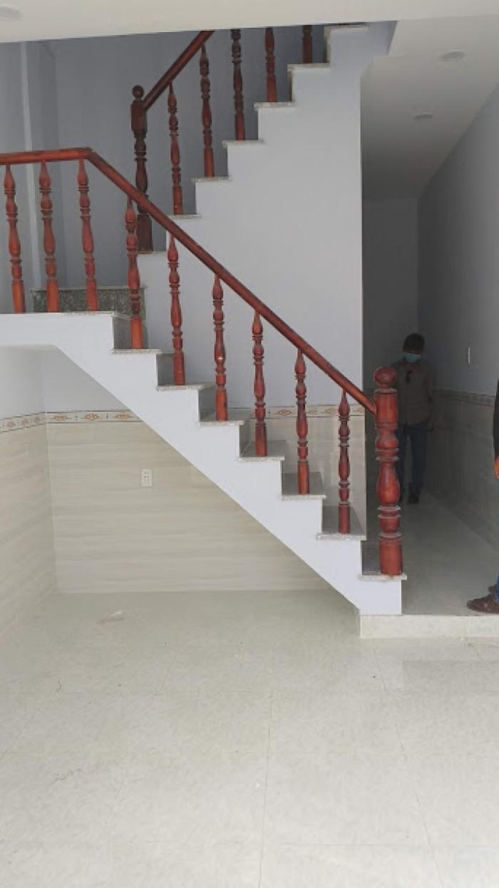 Cần bán nhà Huyện Cần Giuộc hẻm an ninh, Long Thượng nhà trệt, lầu mới xây