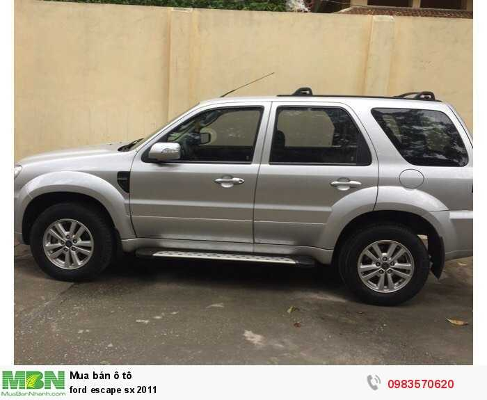 Ford Escape sx 2011