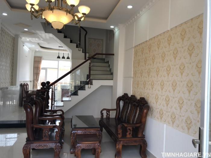 Nhà đường Nguyễn Thị Hương (hẻm 2279 Huỳnh Tấn Phát), Nhà Bè, DT 76m2, nhà 3 lầu đúc, sân thượng