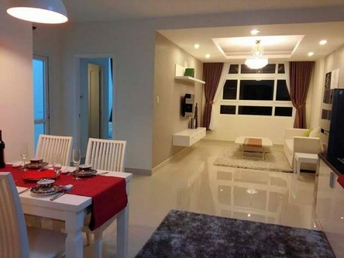 Cần bán gấp căn hộ Tản Đà- q5 ,Dt 86m2, 2 phòng ngủ, nhà rộng thoáng mát, tặng nội thất ,sổ hồng