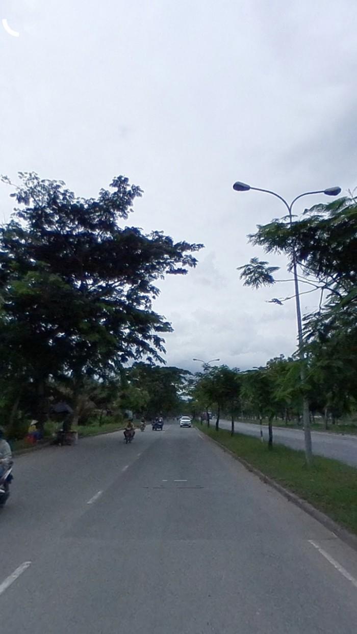 Đất gần mặt tiền đường QL50 và giao nhau với đường Trịnh Quang Nghị